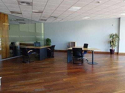 Local comercial en alquiler en Estepona - 349336537