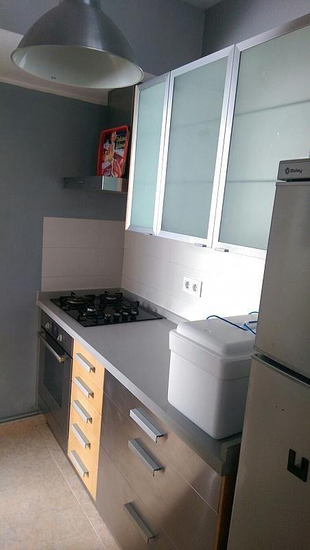 Piso en alquiler en calle Playa de Matalascañas, Doctor Barraquer - G. Renfe - Policlínico en Sevilla - 307442269