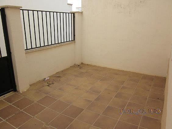 Casa adosada en alquiler en calle La Rosa, Santa Cruz de la Zarza - 261990136