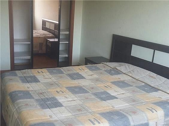 Piso en alquiler en calle Fragoso, As Travesas-Balaídos en Vigo - 302183945