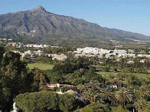 Cenital - Chalet en alquiler en Río Real en Marbella - 277715197