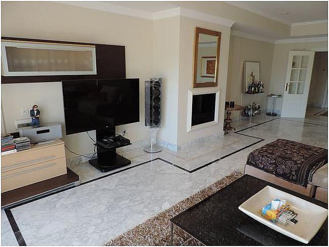 Salon - Apartamento en alquiler en Milla de Oro en Marbella - 283238623