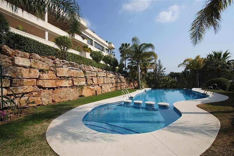 Piscina - Apartamento en alquiler en Milla de Oro en Marbella - 283238632