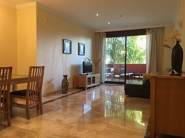 Salon - Apartamento en alquiler en Estepona - 291218304