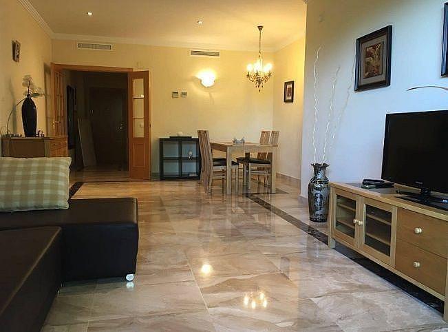 Salon - Apartamento en alquiler en Estepona - 291218331