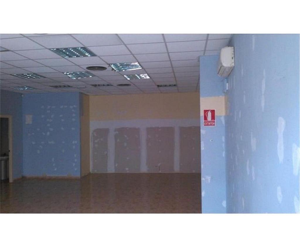 Local comercial en alquiler en Sant Andreu de Palomar en Barcelona - 378433179