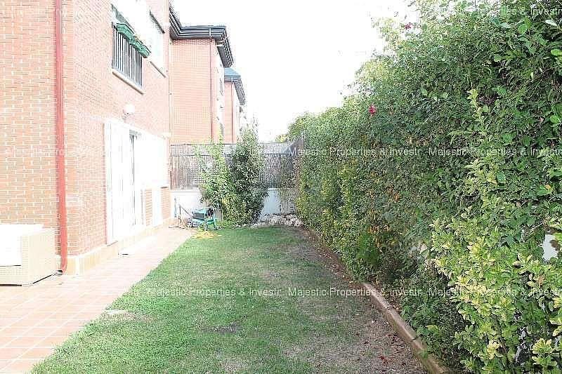 Foto - Piso en alquiler en Dehesa de Navalcarbon-Montecillo en Rozas de Madrid (Las) - 319068789