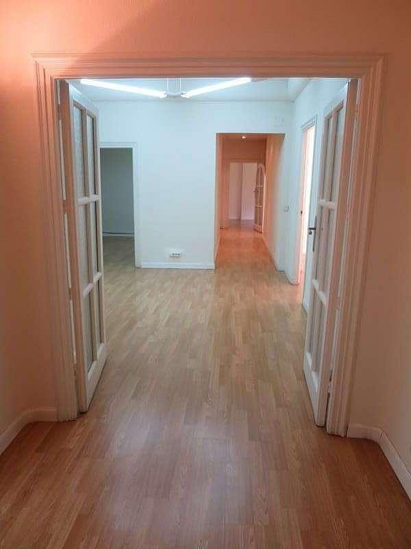 Foto - Oficina en alquiler en Castellana en Madrid - 324338469