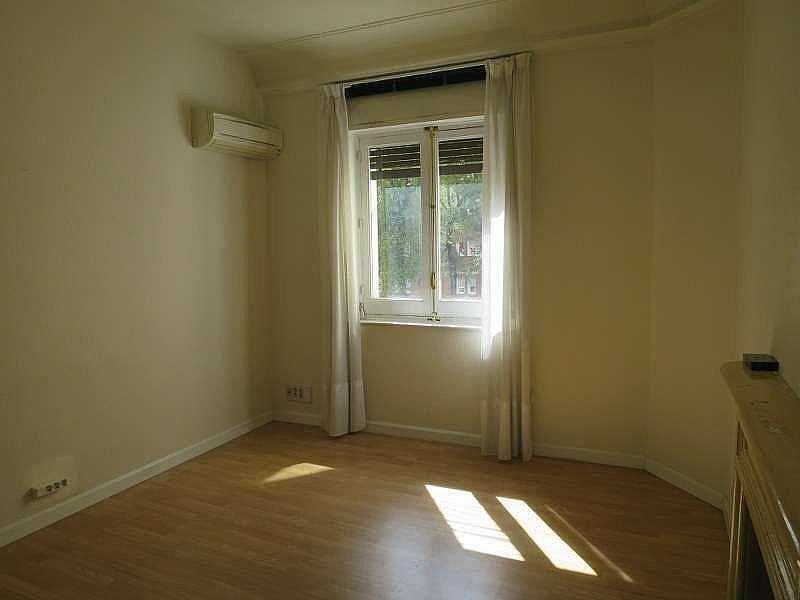 Foto - Oficina en alquiler en Castellana en Madrid - 324338475