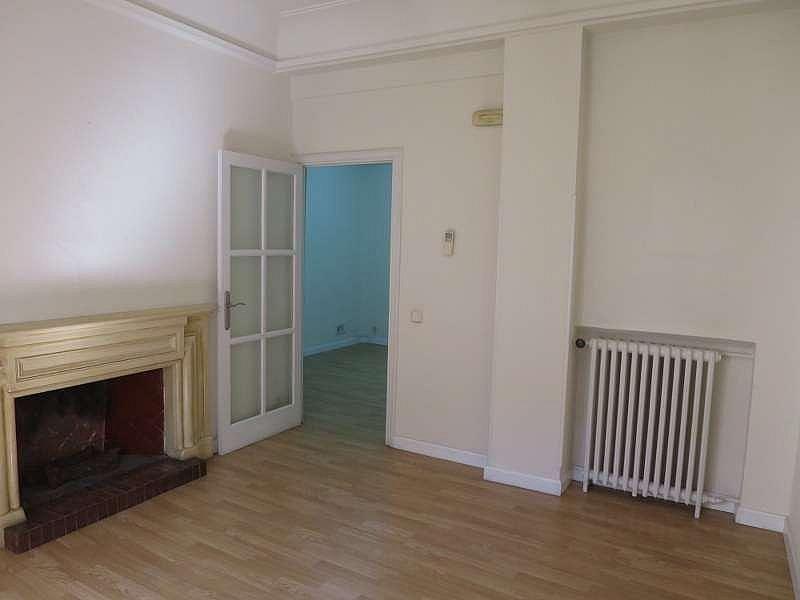 Foto - Oficina en alquiler en Castellana en Madrid - 324338478