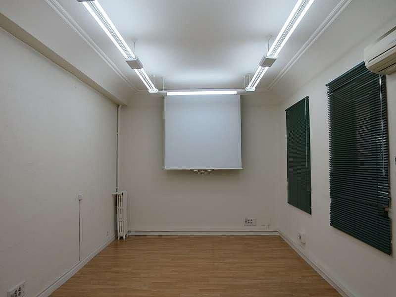 Foto - Oficina en alquiler en Castellana en Madrid - 324338496