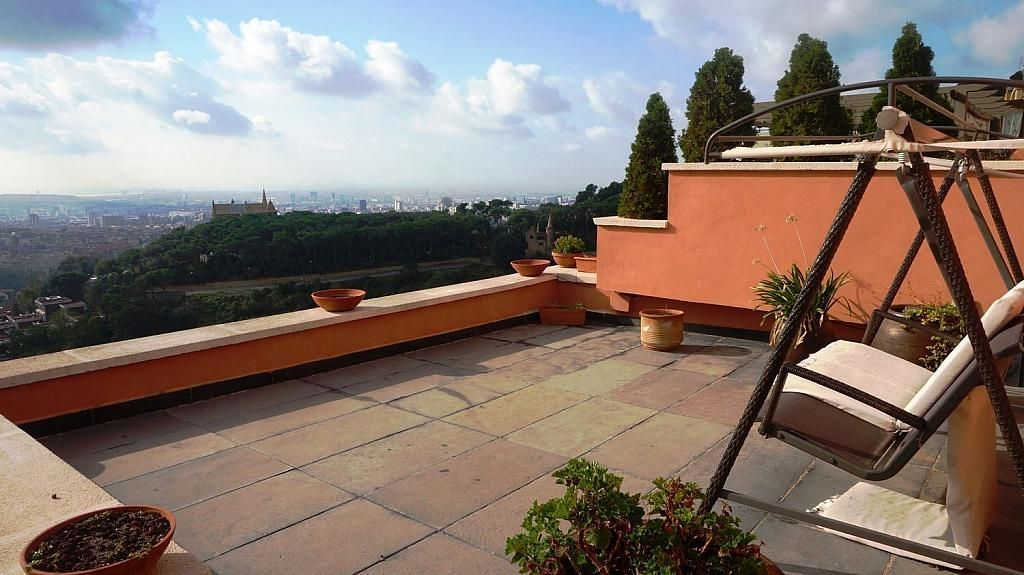 Casa adosada en alquiler en Vallcarca i els Penitents en Barcelona - 345332918