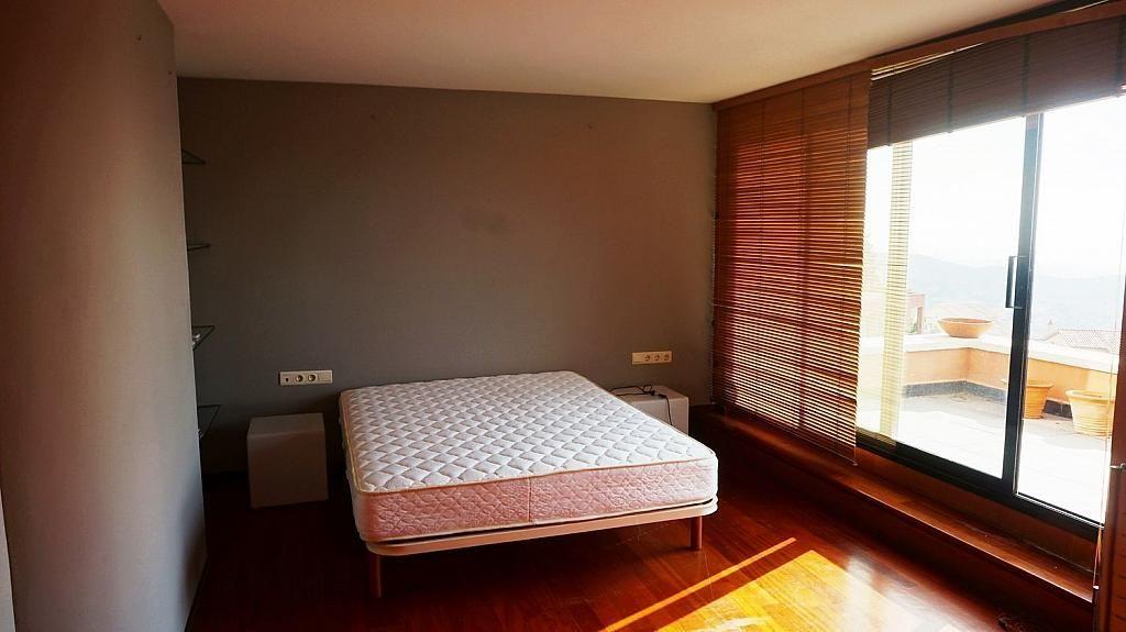 Casa adosada en alquiler en Vallcarca i els Penitents en Barcelona - 345332942