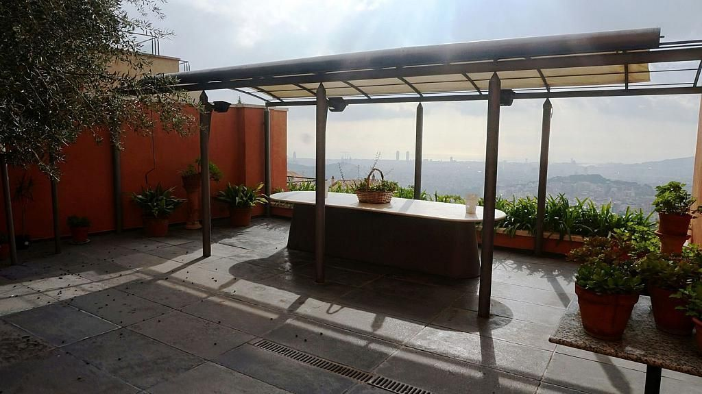 Casa adosada en alquiler en Vallcarca i els Penitents en Barcelona - 345332975