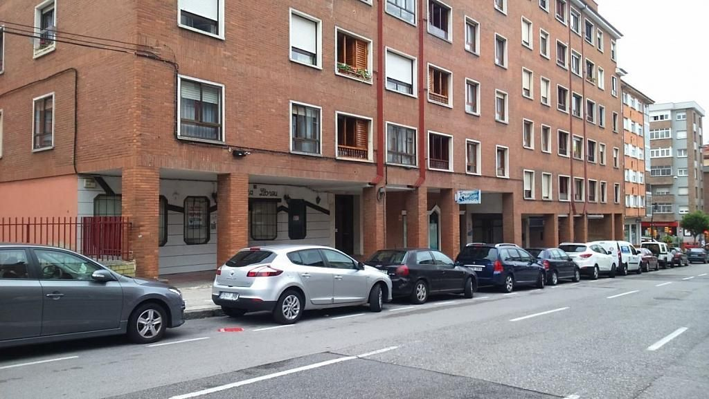 Local comercial en alquiler en calle Feijóo, El Coto en Gijón - 358620793