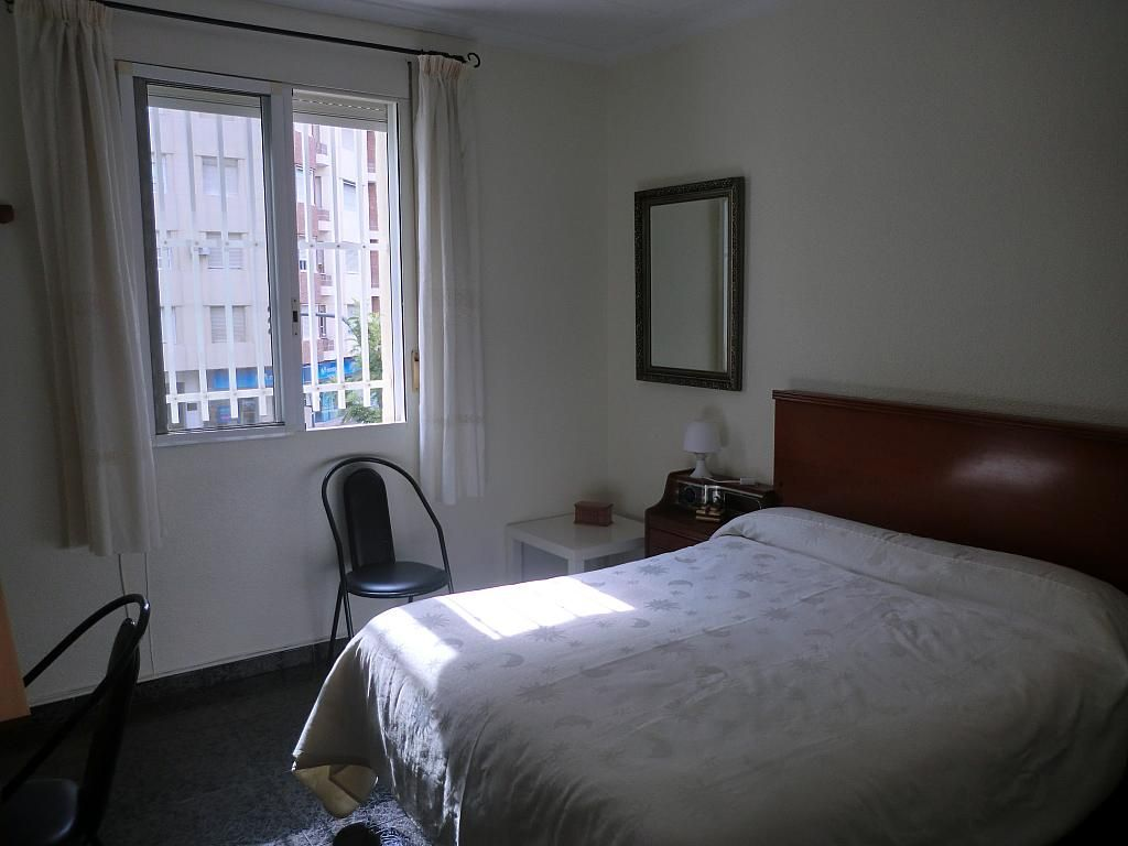 Piso en alquiler en calle Alfonso XIII, Cartagena - 286597457