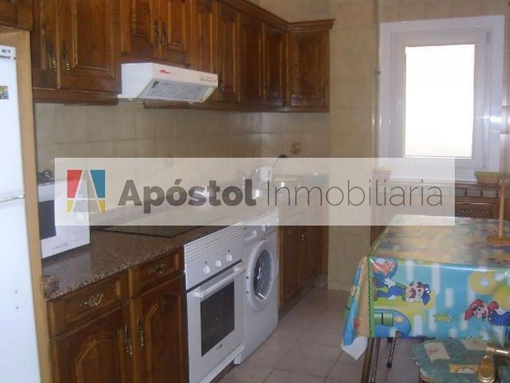 Piso en alquiler en calle Feans, Santiago de Compostela - 358500795