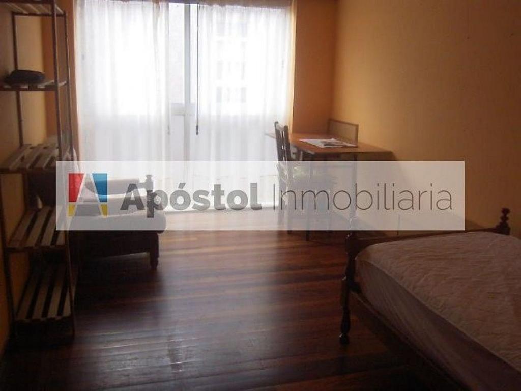 Piso en alquiler en calle Feans, Santiago de Compostela - 358500807