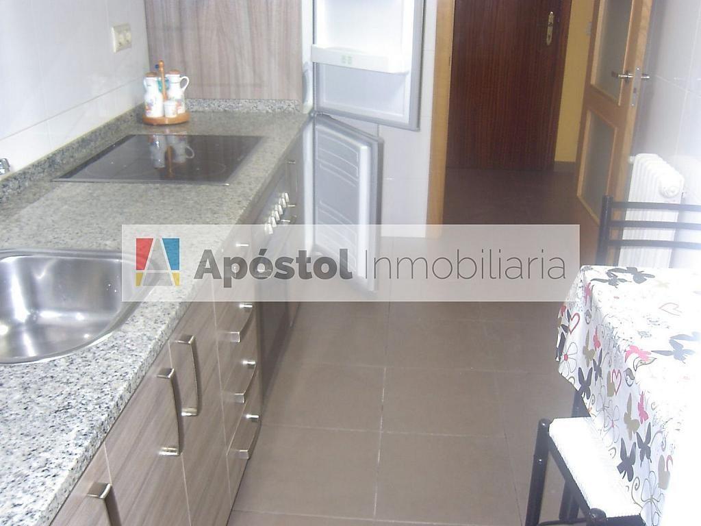 Piso en alquiler en calle Santa Marta de Arriba Naamp;Ordm; Aamp;Ordm;C, Santiago de Compostela - 358499547