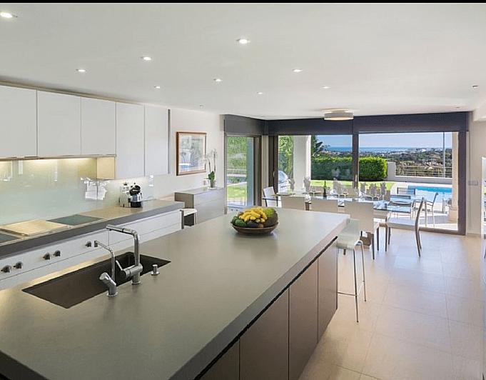 Villa en alquiler de temporada en Marbella - 286943193