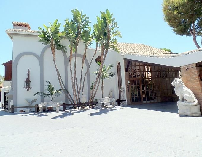 Villa en alquiler de temporada en Marbella - 291726539