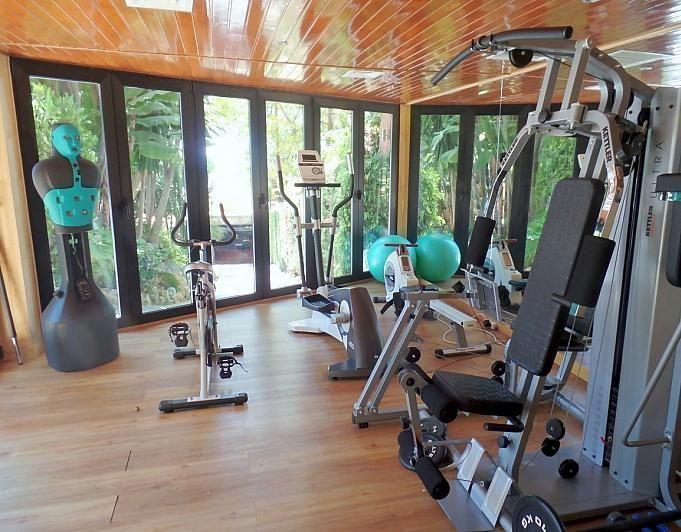 Villa en alquiler de temporada en Marbella - 291726557