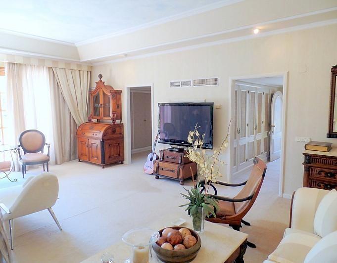 Villa en alquiler de temporada en Marbella - 291726575