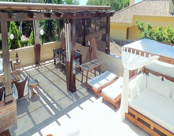 Villa en alquiler de temporada en Marbella - 291726587
