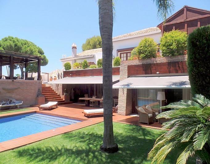 Villa en alquiler de temporada en Marbella - 291726596