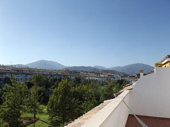 Ático en alquiler en Nueva Andalucía-Centro en Marbella - 288203945