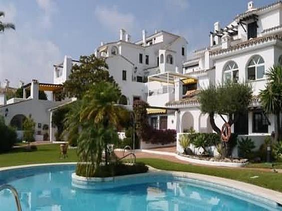 Apartamento en alquiler en calle Los Gladiolos, Nueva Andalucía-Centro en Marbella - 288204620