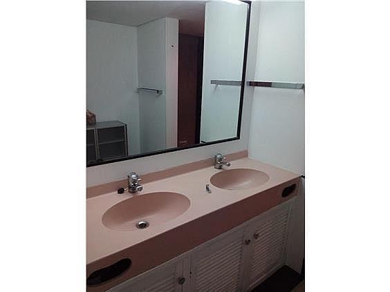 Apartamento en alquiler en calle Los Gladiolos, Nueva Andalucía-Centro en Marbella - 288204632