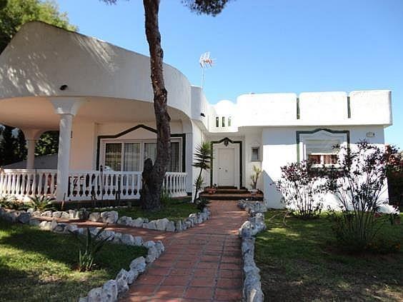 Chalet en alquiler en Elviria en Marbella - 288207053