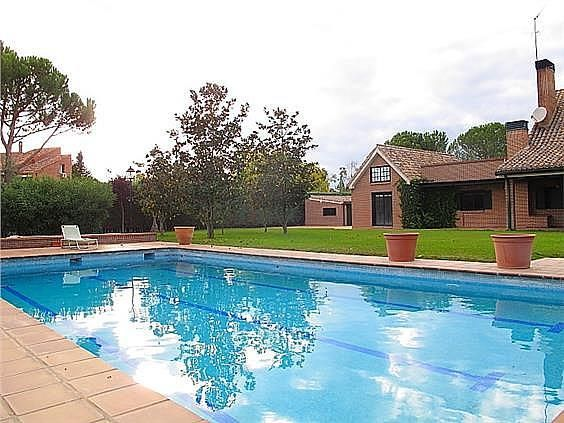 Casa en alquiler en Las Lomas en Boadilla del Monte - 289495383