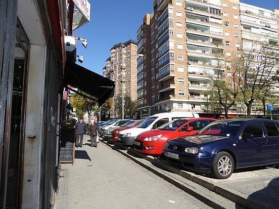 Local en alquiler en calle Fermin Caballero, Pilar en Madrid - 298586147