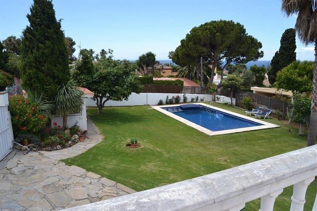 Villa en alquiler en Elviria en Marbella - 297605754