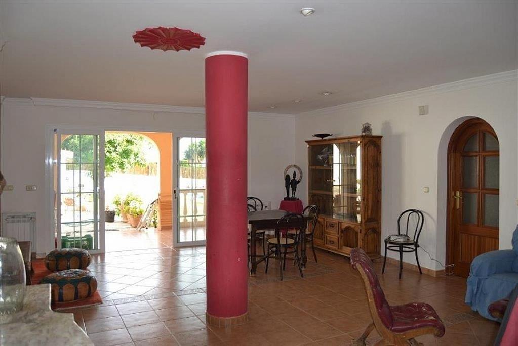 Villa en alquiler en Elviria en Marbella - 297605766