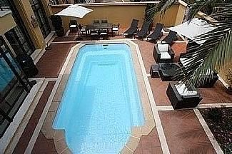 Bungalow en alquiler en Puerto Banús en Marbella - 297606816