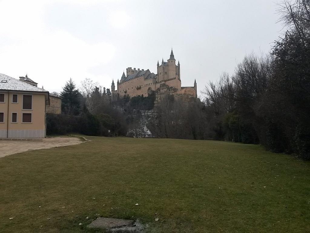 Foto - Local comercial en alquiler en calle Fernandez Ladreda, Segovia - 307097687