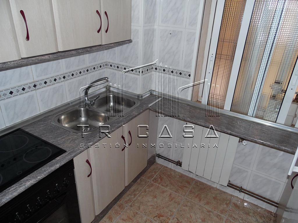 Foto - Apartamento en venta en Albacete - 302454388