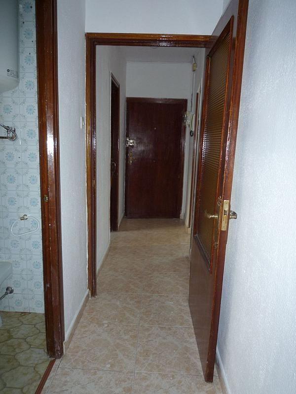 Piso en alquiler en calle De Alcalá de Guadaíra, Palomeras Bajas en Madrid - 329587493