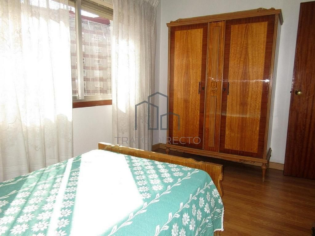 Flat For Sale In Calle Pino Traves A De Vigo San Xo N In Vigo  # Muebles Comesana Tui