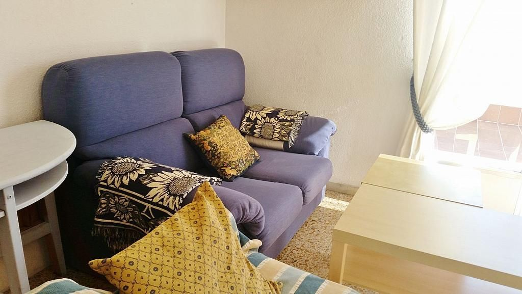 Ático en alquiler en calle Doctor Navarro, Vidal en Salamanca - 323489536