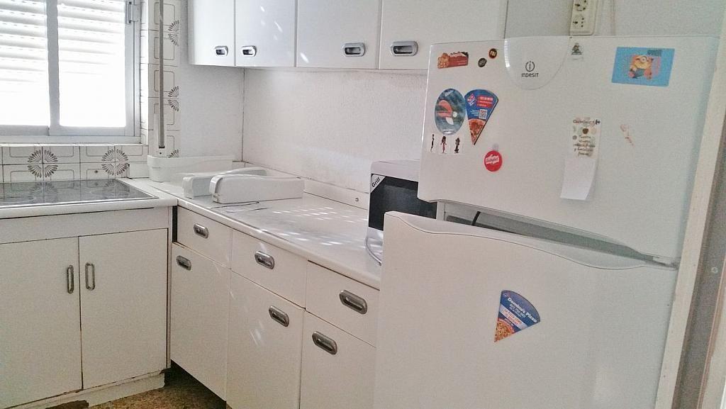 Ático en alquiler en calle Doctor Navarro, Vidal en Salamanca - 323489542
