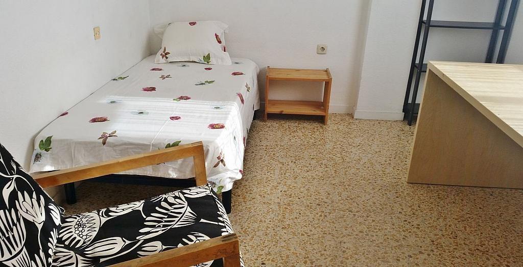 Ático en alquiler en calle Doctor Navarro, Vidal en Salamanca - 323489575