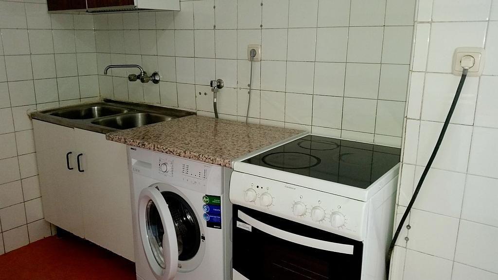 Piso en alquiler en calle De Portugal, Garrido-Norte en Salamanca - 325247552