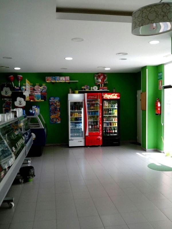 Local comercial en alquiler en calle San Juan de Ortega, Las Tablas en Madrid - 341347245