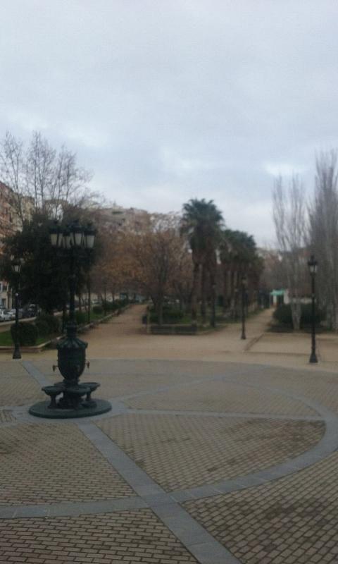 Local comercial en alquiler en calle De Miguel Servet, Las Fuentes – La Cartuja en Zaragoza - 302129378