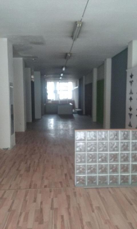 Local comercial en alquiler en calle De Miguel Servet, Las Fuentes – La Cartuja en Zaragoza - 302129387
