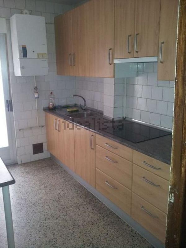 Piso en alquiler en calle De Portugal, Pizarrales en Salamanca - 359160882